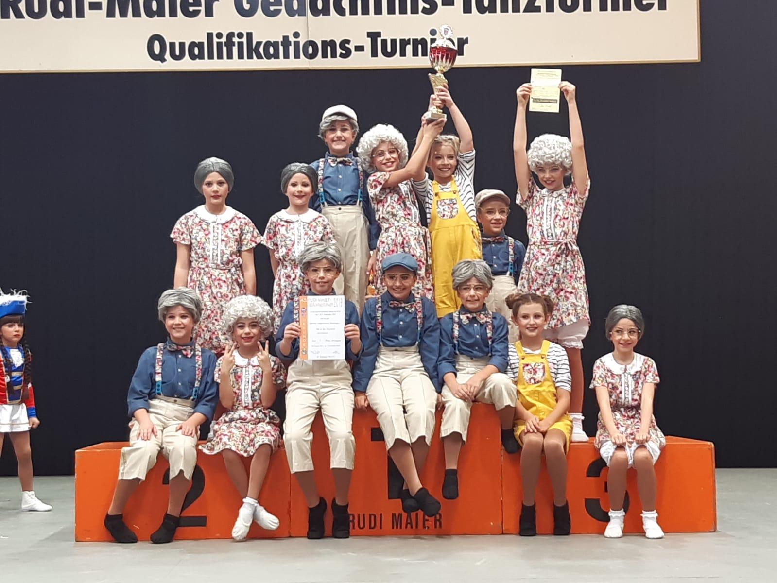 Minischnooge - SV Knielingen - Die Holzbiere